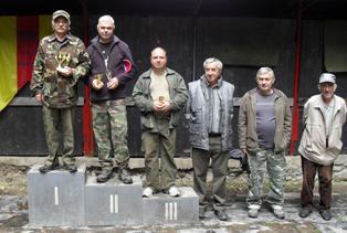 Súťažiaci v M-ZO SZTŠ (zľava) A. Kukla, Ľ. Budinský, P. Reck, J. Repiský, Š. Švihla a M. Rakovský
